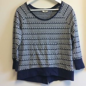 Roxy split back top size medium